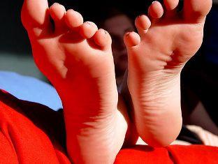 Как вылечить трещину на ногтях больших пальцах